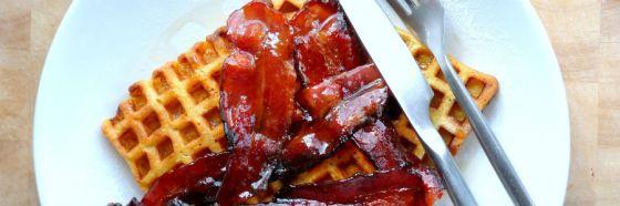 Tocineta glaseada a la pimienta cayena receta glazed bacon