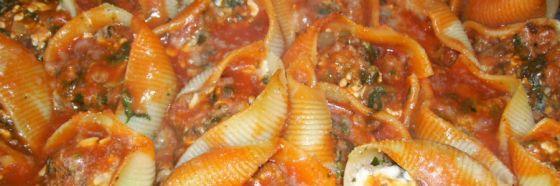 Conchas de pasta rellenas de pavo