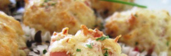 Muffins de cebollín, parmesano y pancetta