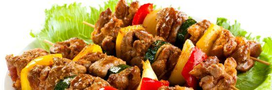 6 tips para cocinar pinchos deliciosos