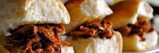 Sándwich de cerdo BBQ