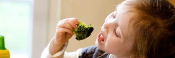 4 claves para que los niños coman de forma más saludable