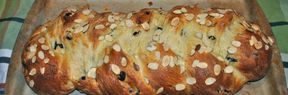 bread plait almond