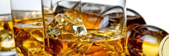 whisky rocks bottle