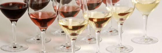 white red rose wine glasses