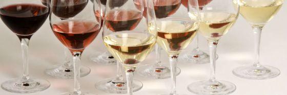 white red rose wine glasses