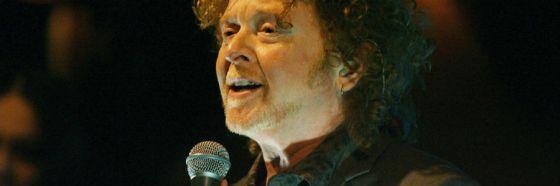 mick hucknall simply red singing