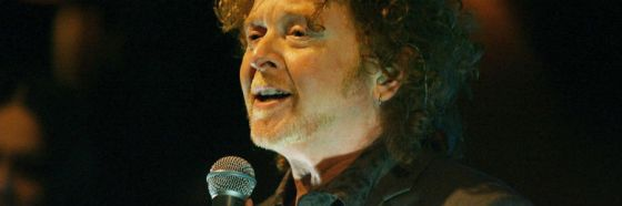 mick hucknall simply red singing