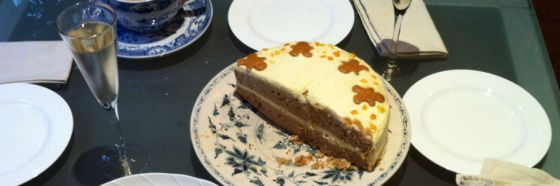 carrot cake champagne