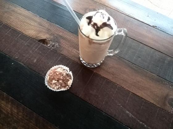 frappe chocolate bombon tienda paria san ignacio