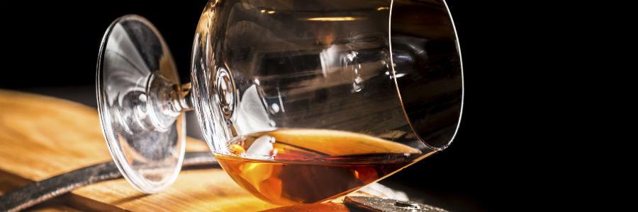 rum glass barrel caribbean rum venezuelan rum rhum