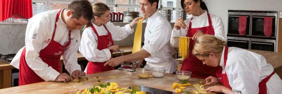 Charming Esnobgourmet_3_claves_para_elegir_la_mejor_academia_de_cocina_para_ti