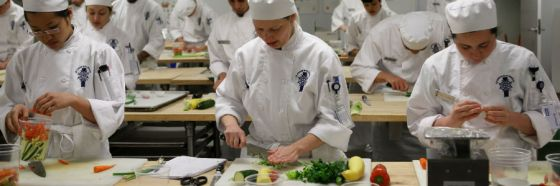 esnobgourmet_quieres_ser_chef_3_claves_para_estudiar_cocina_y_no_morir_en_el_intento