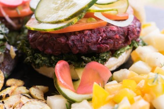 esnoobgourmet-hamburguesa-vegetariana-remoolacha-betabel